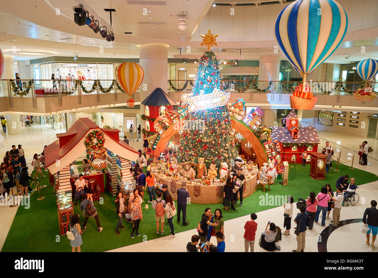 f5791ab2f9e Elements Mall Hong Kong Stock Photos   Elements Mall Hong Kong Stock ...
