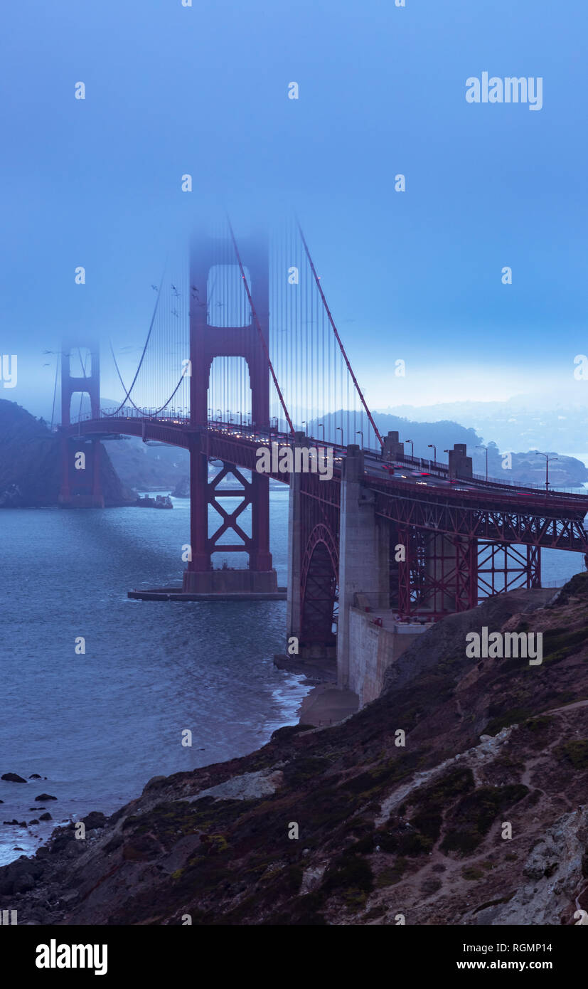 USA, California, San Francisco, Golden Gate Bridge in the evening Stock Photo