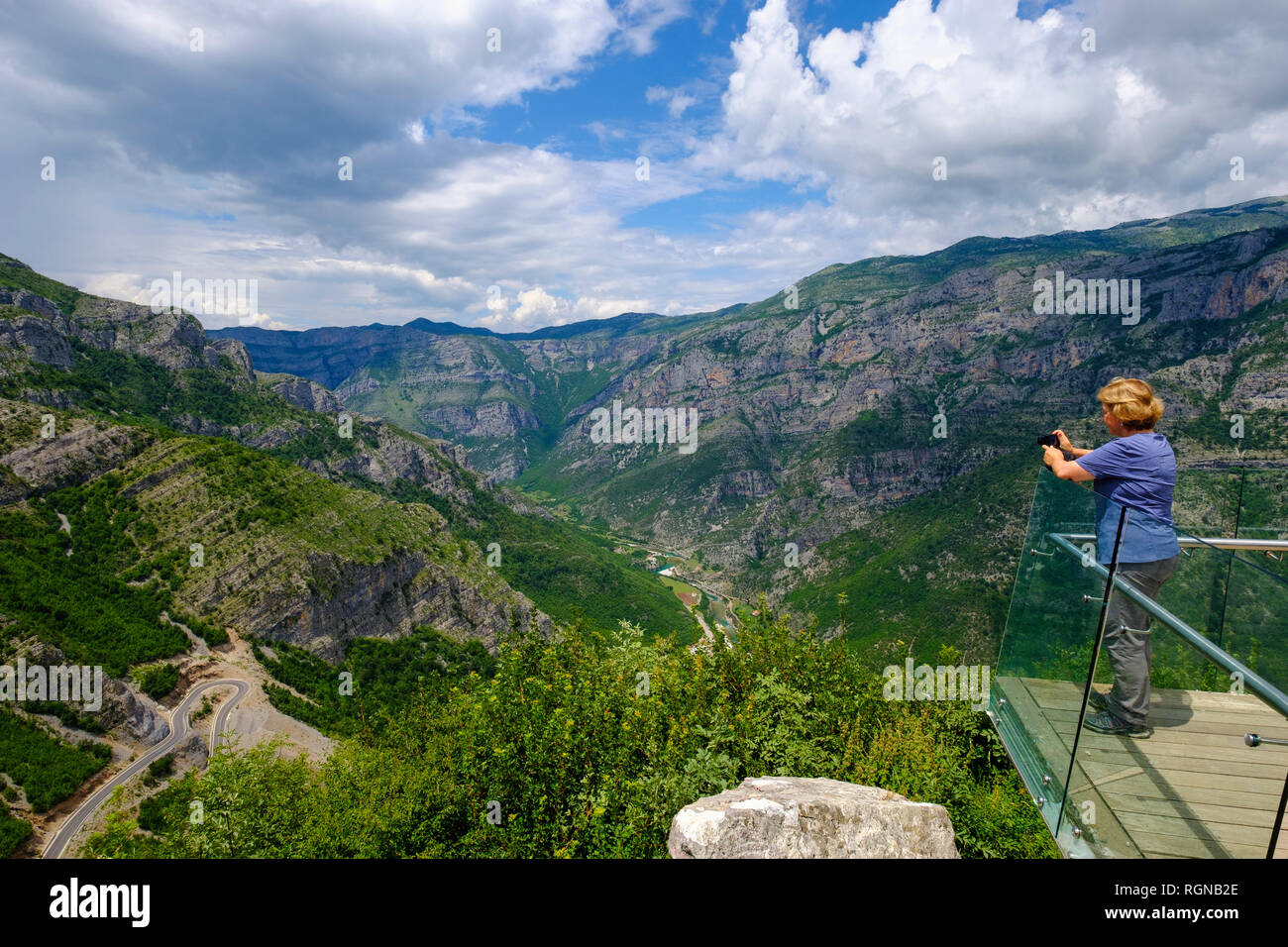 Albania, Shkoder County, Albanian Alps, Cem Canyon, observation point, hiker photographing - Stock Image