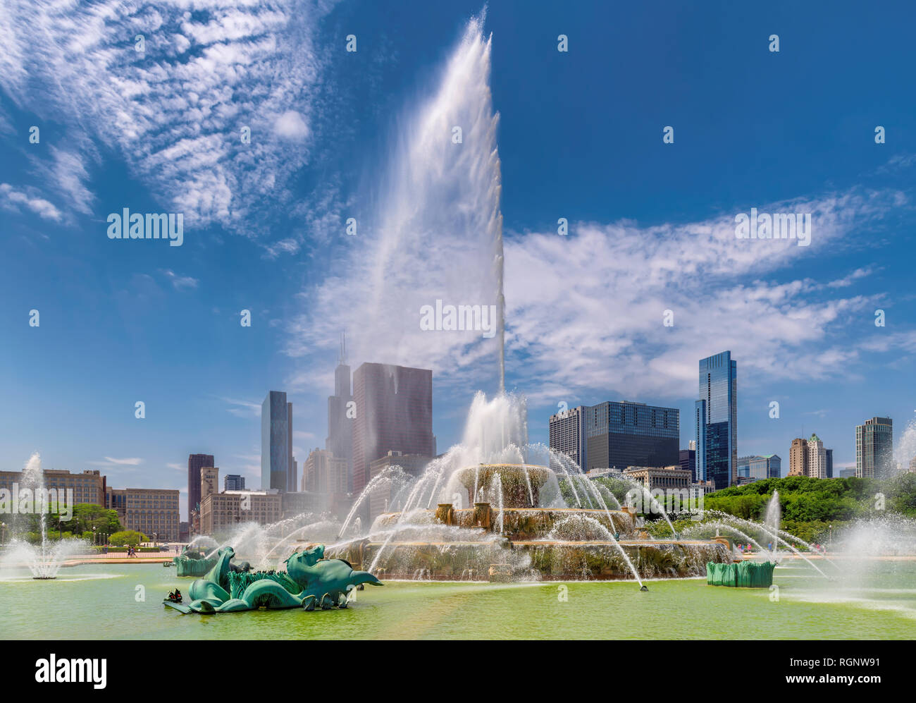 Buckingham fountain in Chicago, Illinois - Stock Image