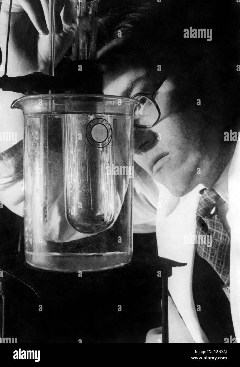 science, laboratory 1946 Stock Photo
