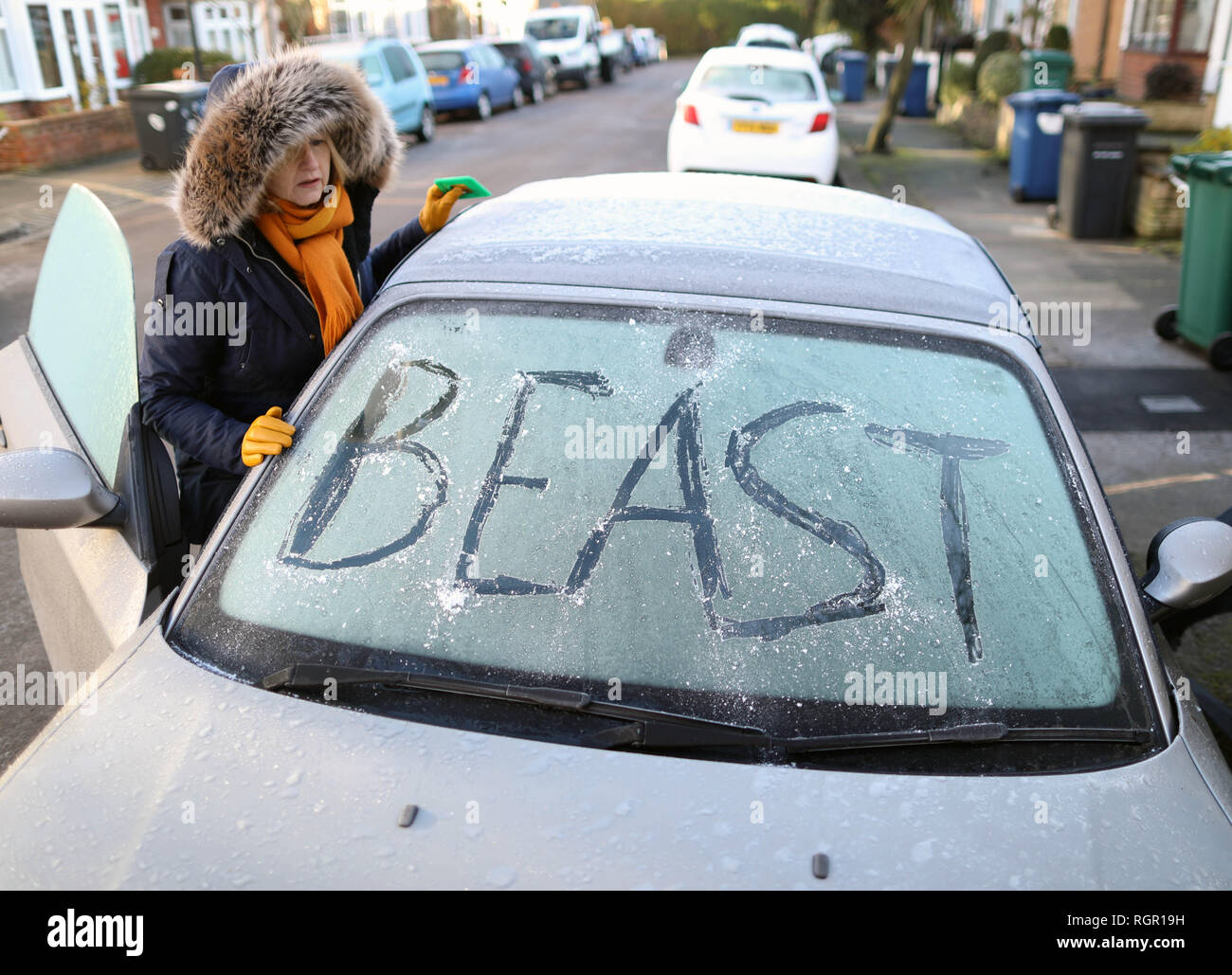 Pic shows: Beast from the East returns to hit commuters in London today  Windscreens were iced up, and the roads slippery as early morning car commute - Stock Image