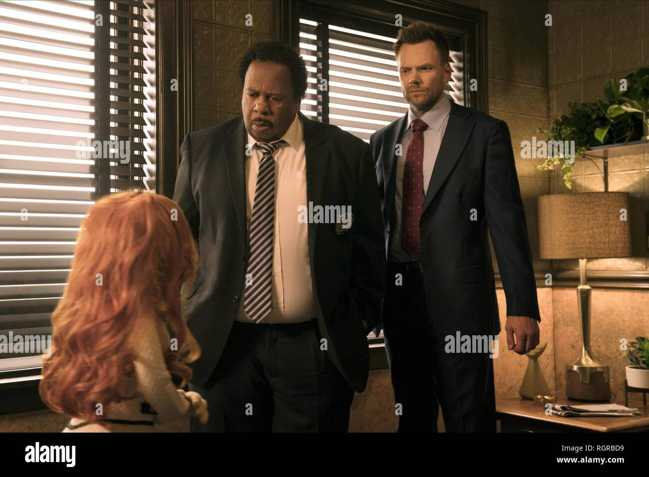 SANDRA, LESLIE DAVID BAKER & JOEL MCHALE  Character(s): Lt. Banning, Agent Campbell  Film 'THE HAPPYTIME MURDERS' (2018)  Directed By BRIAN HENSON  17 August 2018  SAX93529  Allstar Picture Library/SONY PICTURES ENTERTAINMENT  **WARNING** This Photograph is for editorial use only and is the copyright of SONY PICTURES ENTERTAINMENT  and/or the Photographer assigned by the Film or Production Company & can only be reproduced by publications in conjunction with the promotion of the above Film. A Mandatory Credit To SONY PICTURES ENTERTAINMENT is required. The Photographer should also be credited w - Stock Image