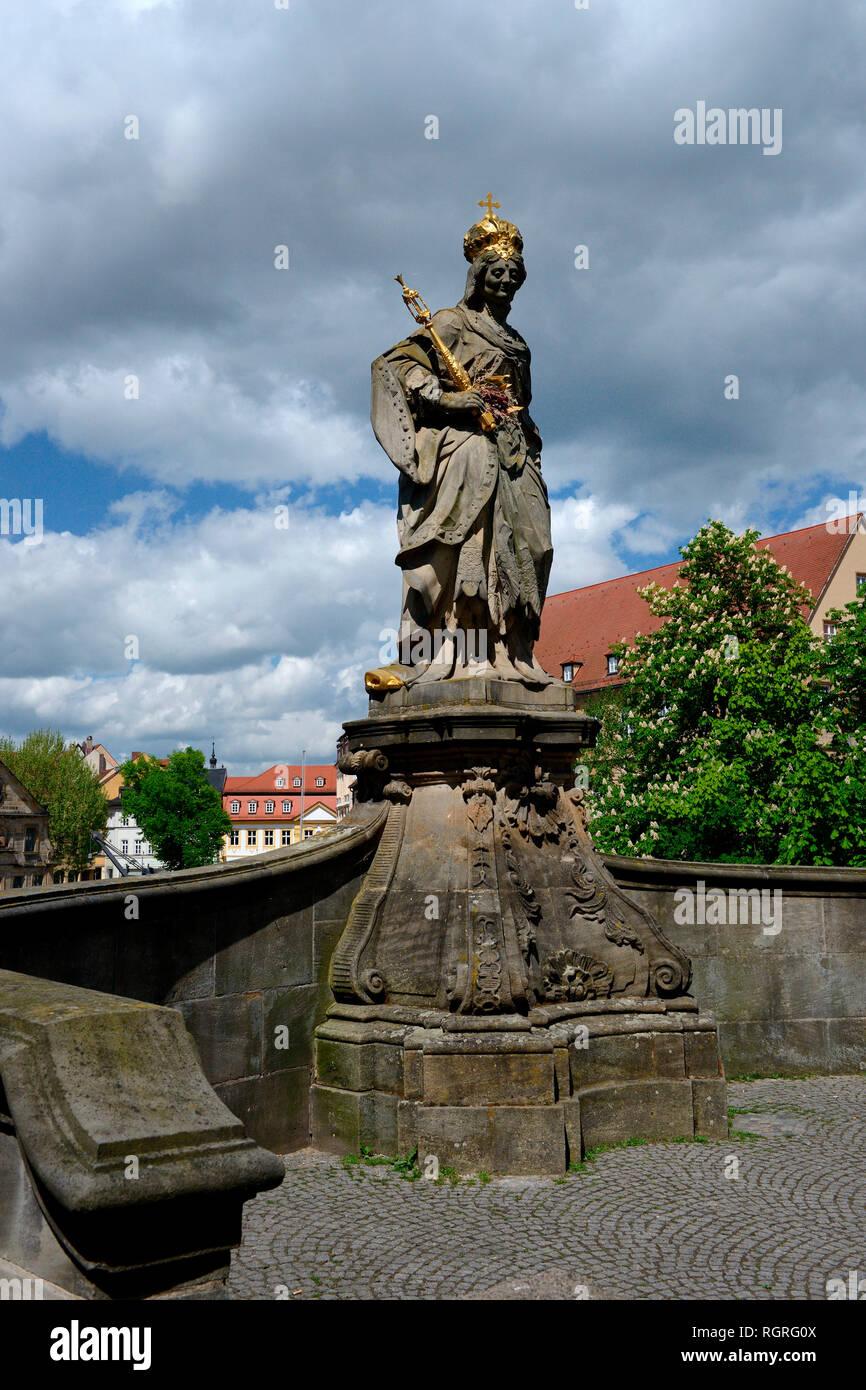 Statue der Kaiserin Kunigunde, Untere Bruecke, Bamberg, Oberfranken, Bayern, Deutschland, Europa, Heilige, Untere Brücke - Stock Image