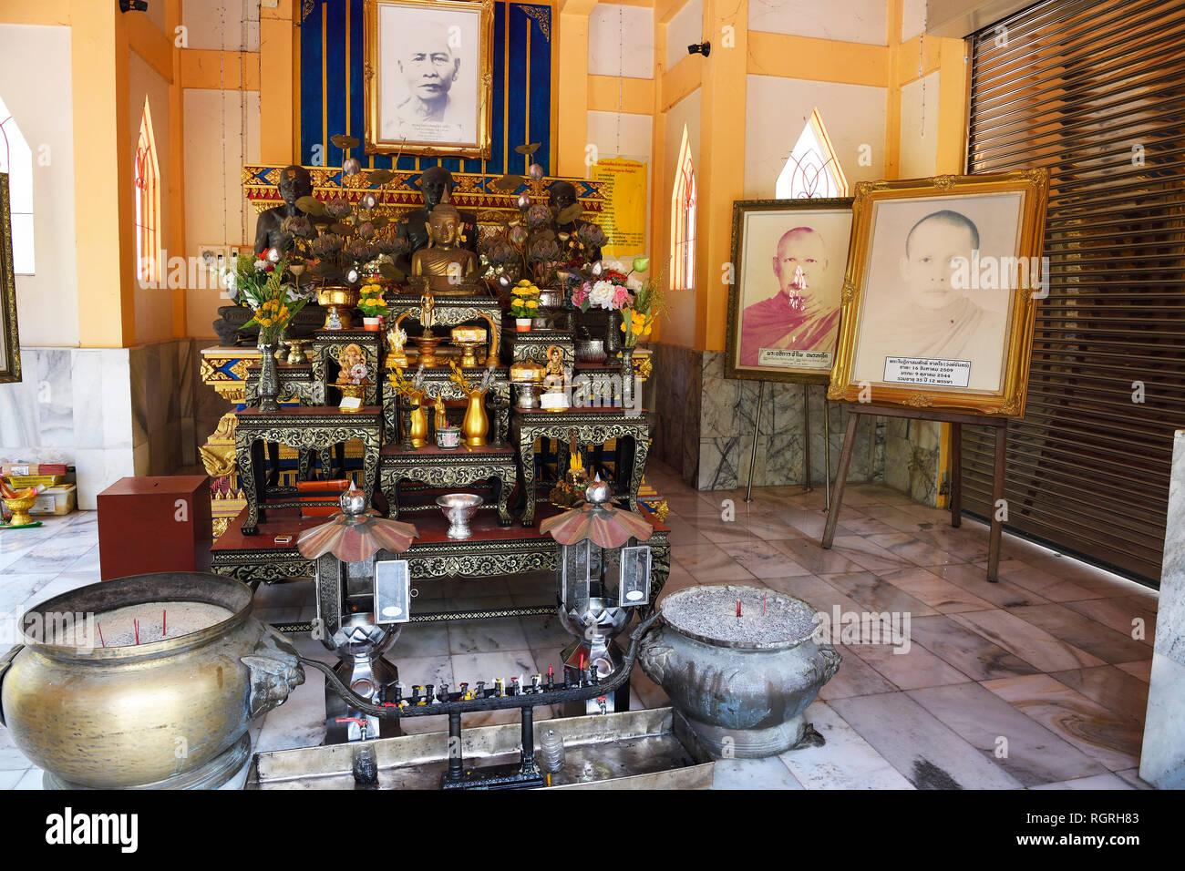 Grabstaette fuer Moenche, Tempel Wat Phra Thong, Phuket, Thailand - Stock Image