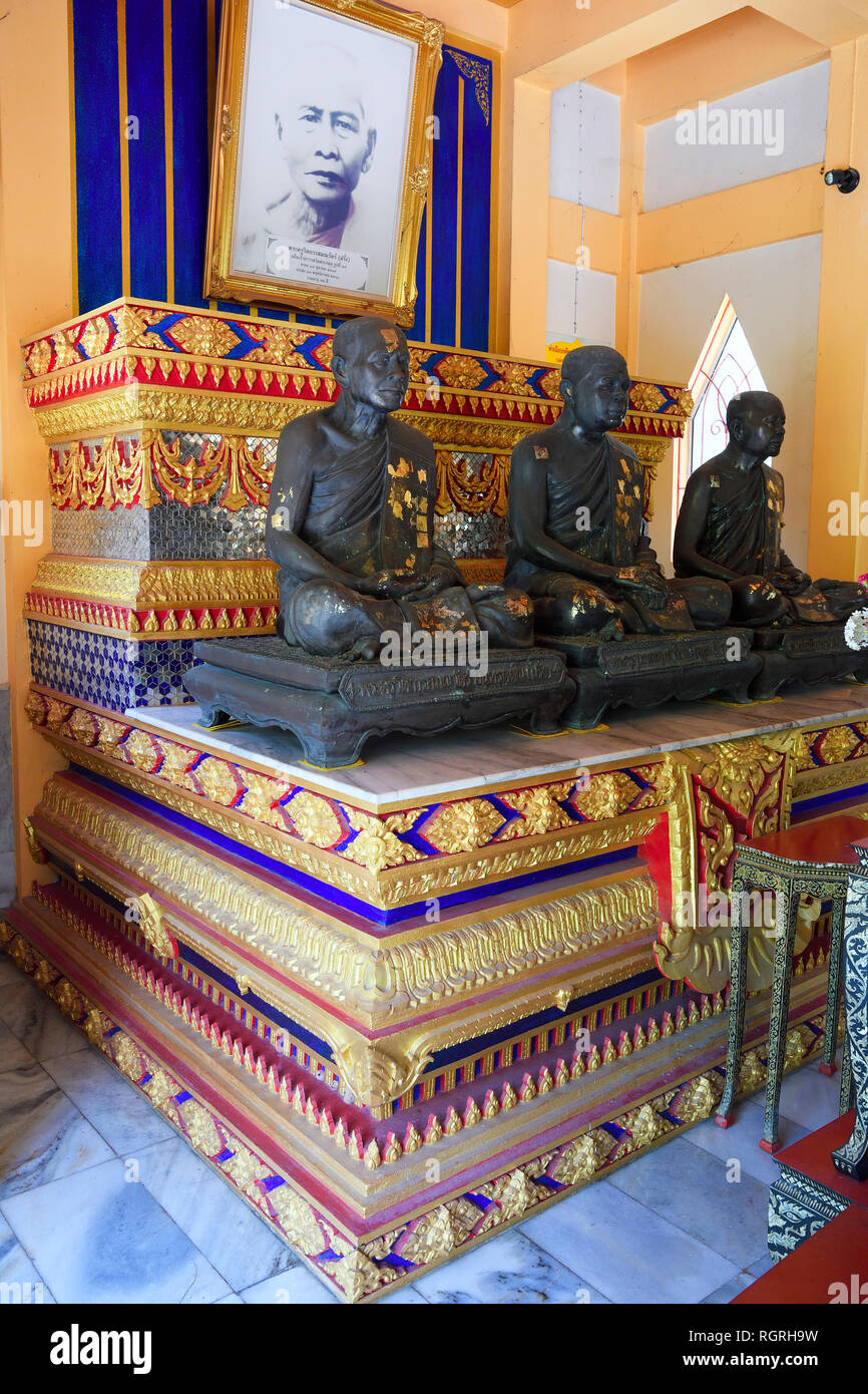 Grabstaette fuer Moenche, Tempel Wat Phra Thong, Phuket, Thailand Stock Photo