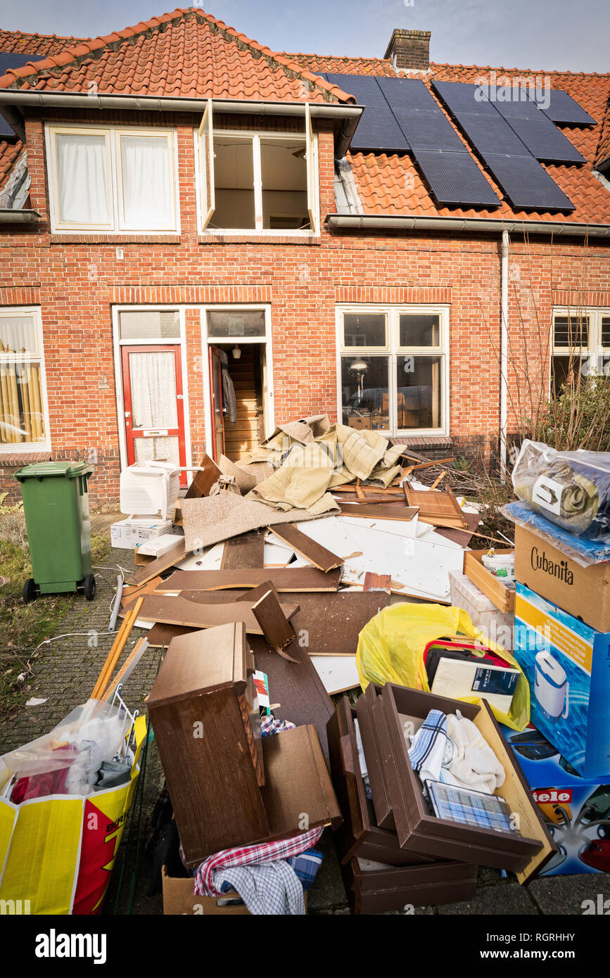 Cleaning of social housing after the resident's death - Stock Image