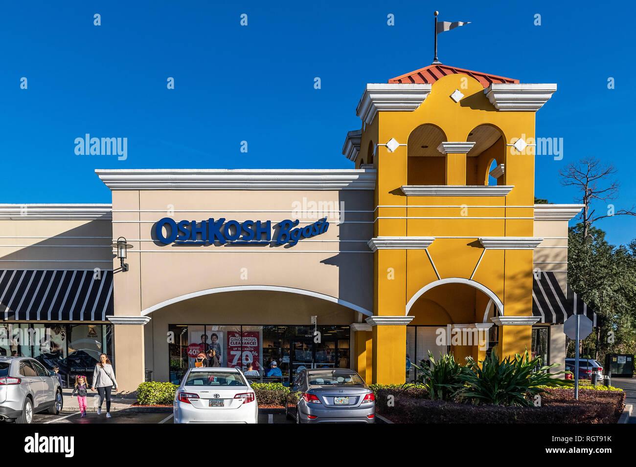 detaljer för Nya produkter bästa försäljning Outlet Store Stock Photos & Outlet Store Stock Images - Alamy
