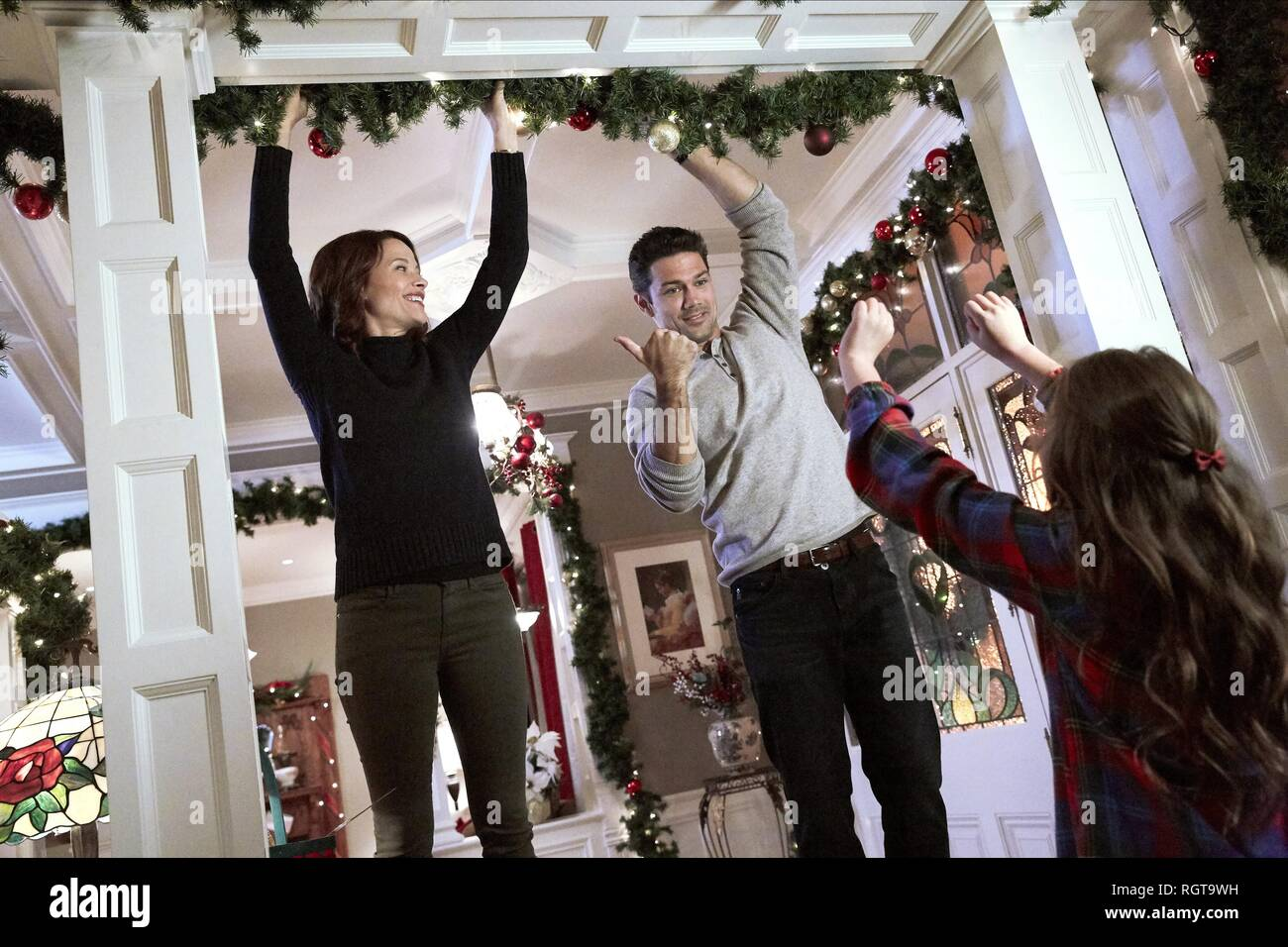 Hope At Christmas.Hope At Christmas Scottie Thompson Ryan Paevey 2018