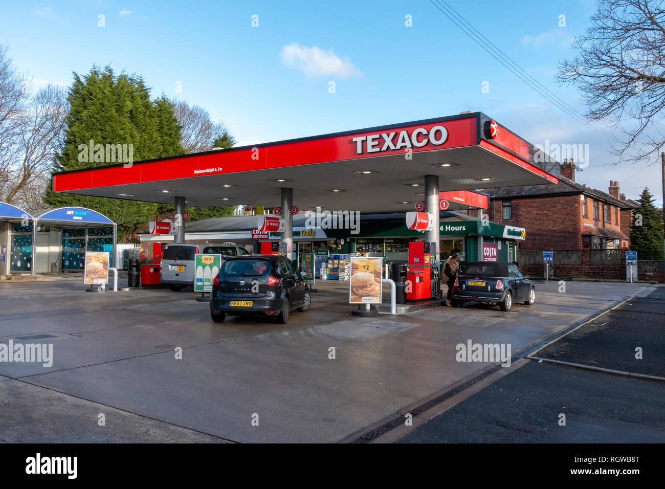 Texaco fuel station forecourt in Bury, Lancashire - Stock Image