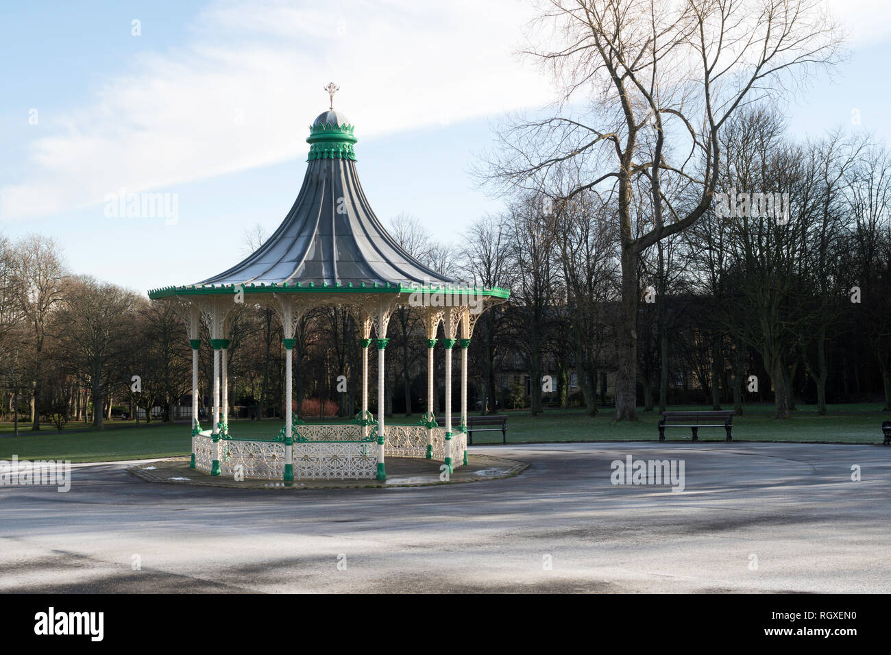 Bandstand on a frosty winter's day, Leazes Park, Newcastle upon Tyne, England, UK - Stock Image