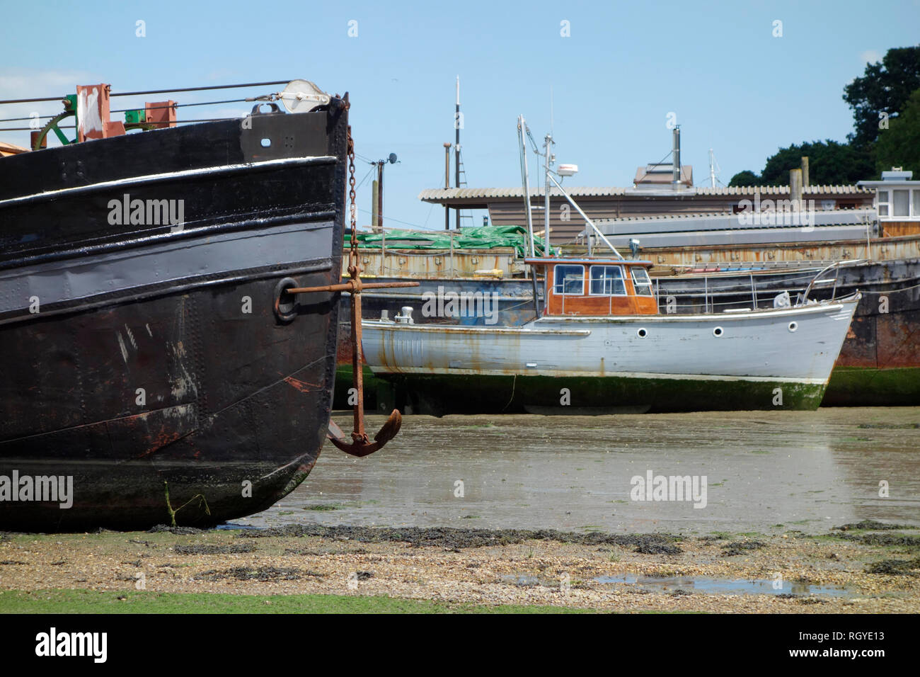 Boats moored at Pin Mill, Suffolk - Stock Image