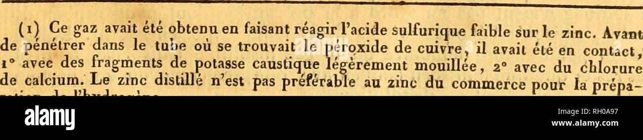 . Bulletin. Science; Science. C 35 ) ' saveur acre comme tous les sels de barilej il est j)lus soluble que 1821. cehii de polasse. Il est eom jo6é dé : Acide 100 Barite 25 2. L'à llanlaté dé [iloinb est soluble et crislallisable; il a une saveur douceâtre et styplique; il est composé de: A<idc Too Protoxide de plomb.... iL C. Nouv^Ues déLerniinaûons des proportions de Veau et de la densité de quelrjue s fluides élastiques ; parVM. Berzelius et DuLONG. MM. Ferzelius et DuLONG ayant été conduits, chacun de leur Chimib. côté, à penser que l'eau contenait pour too parties en poids - Stock Image