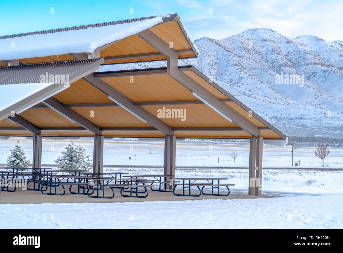 Eating area against mountain and sky in Utah - Stock Image