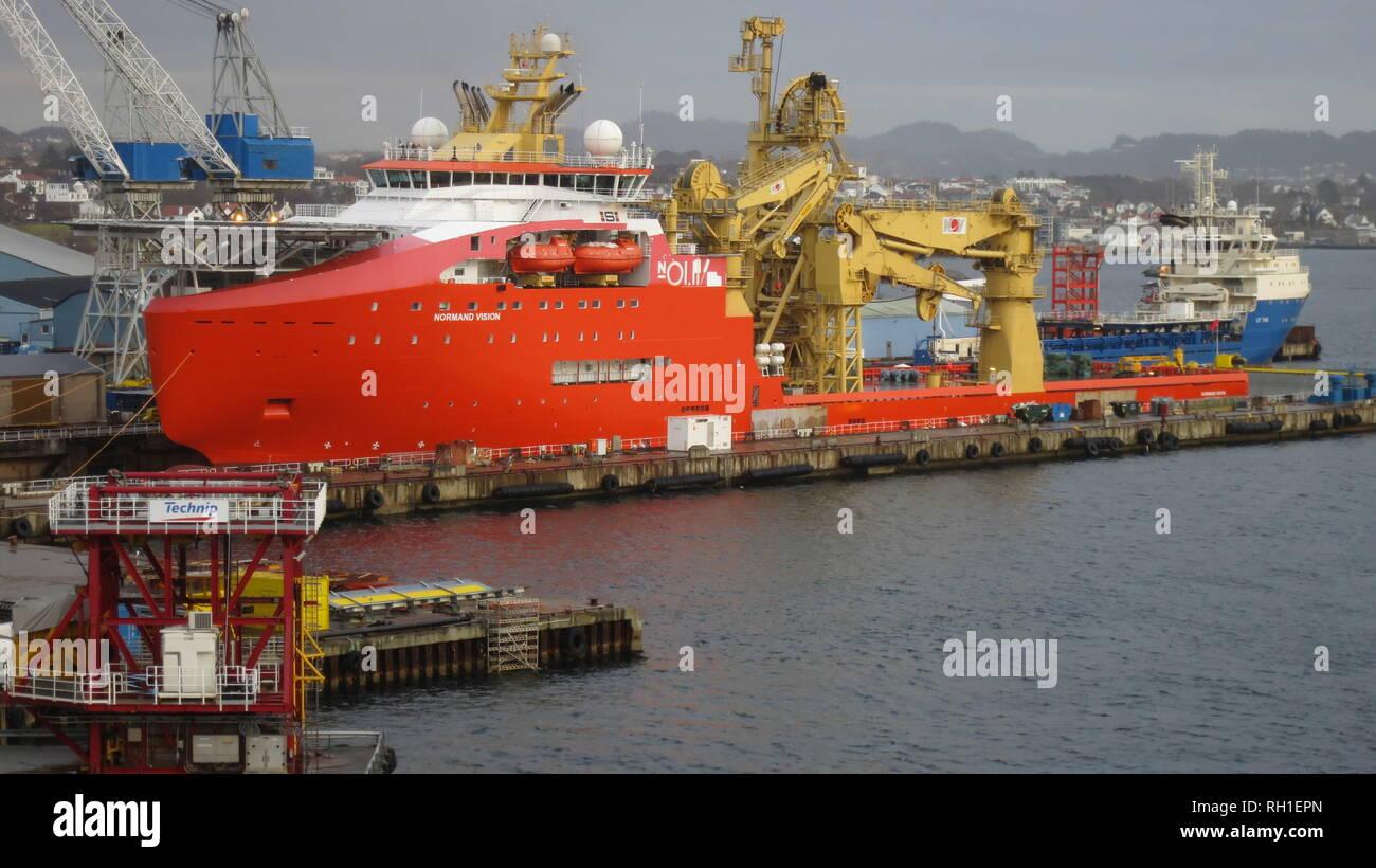 Das Off Shore Versorgungsschiff MS Normand Vision' im Hafen von Haugesund, Norwegen - Stock Image