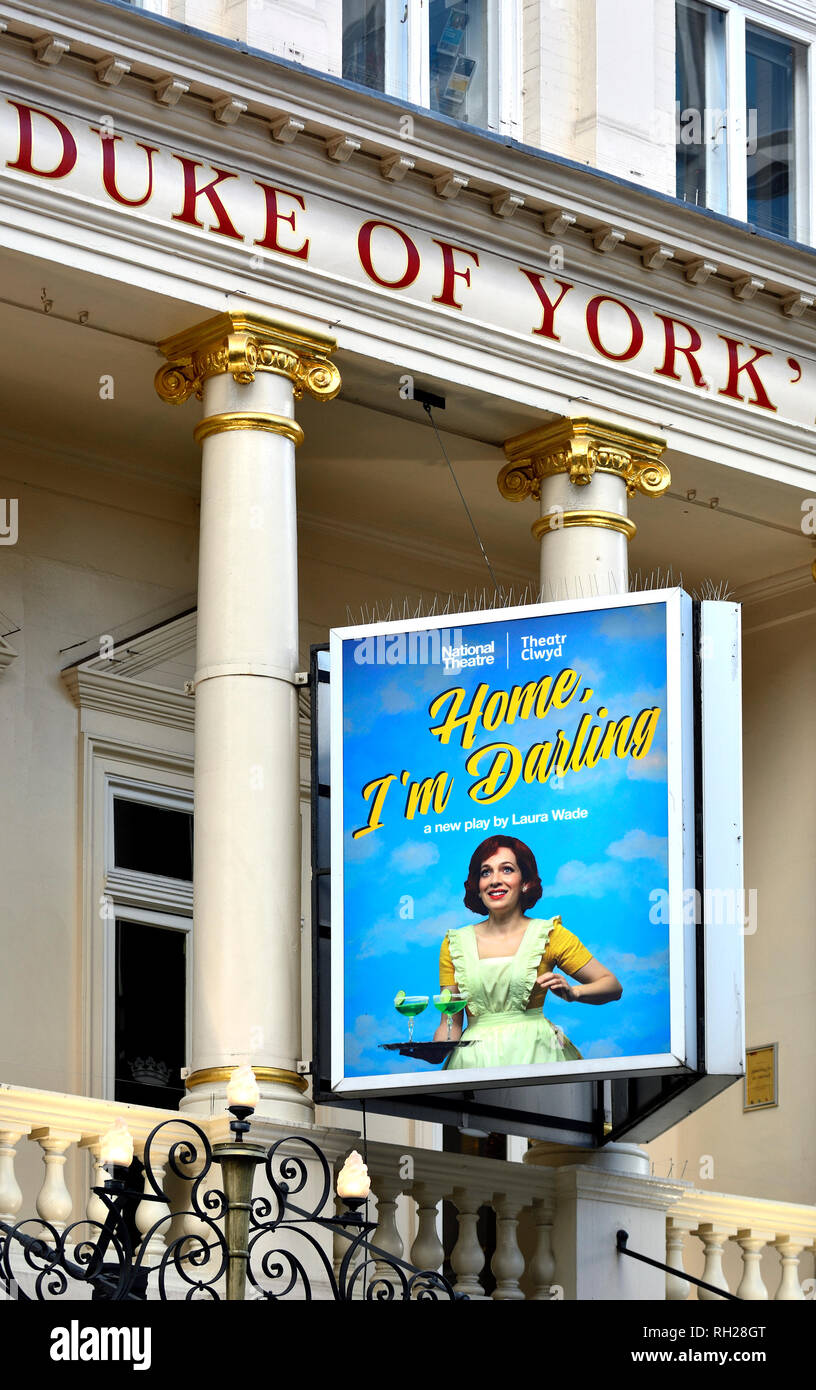 London, England, UK. 'Home, I'm Darling' (Laura Wade) at the Duke Of York's Theatre, Jan 2019 - Stock Image