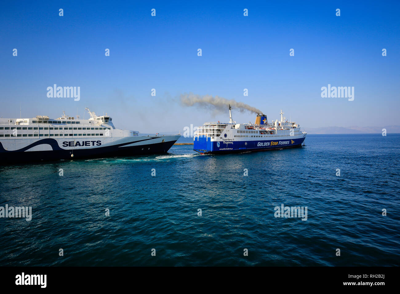 Rafina, Attica, Greece - Seajets and Golden Star Ferries ferries run from the port of Rafina to the Cyclades Islands. Rafina, Attika, Griechenland - F - Stock Image