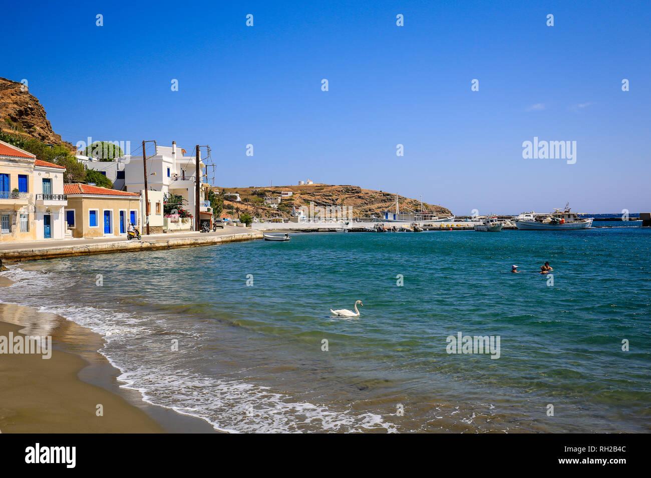 Ormos Korthiou, Andros Island, Cyclades, Greece - Beach in the fishing village of Ormos Korthiou.  Ormos Korthiou, Insel Andros, Kykladen, Griechenlan Stock Photo