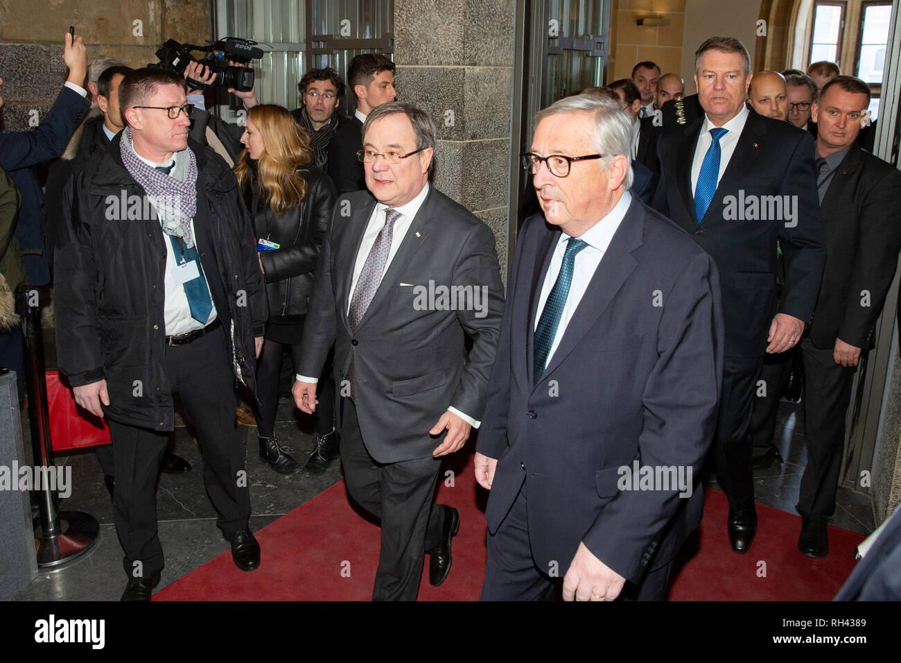 Armin Laschet und Jean-Claude Juncker bei der Erneuerung des deutsch-französischen Freundschaftsvertrages im Rathaus. Aachen, 22.01.2019 - Stock Image