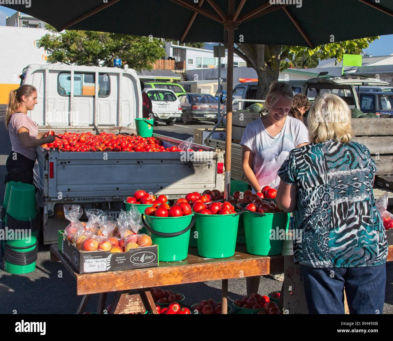 Bucket Load Stock Photos & Bucket Load Stock Images - Alamy