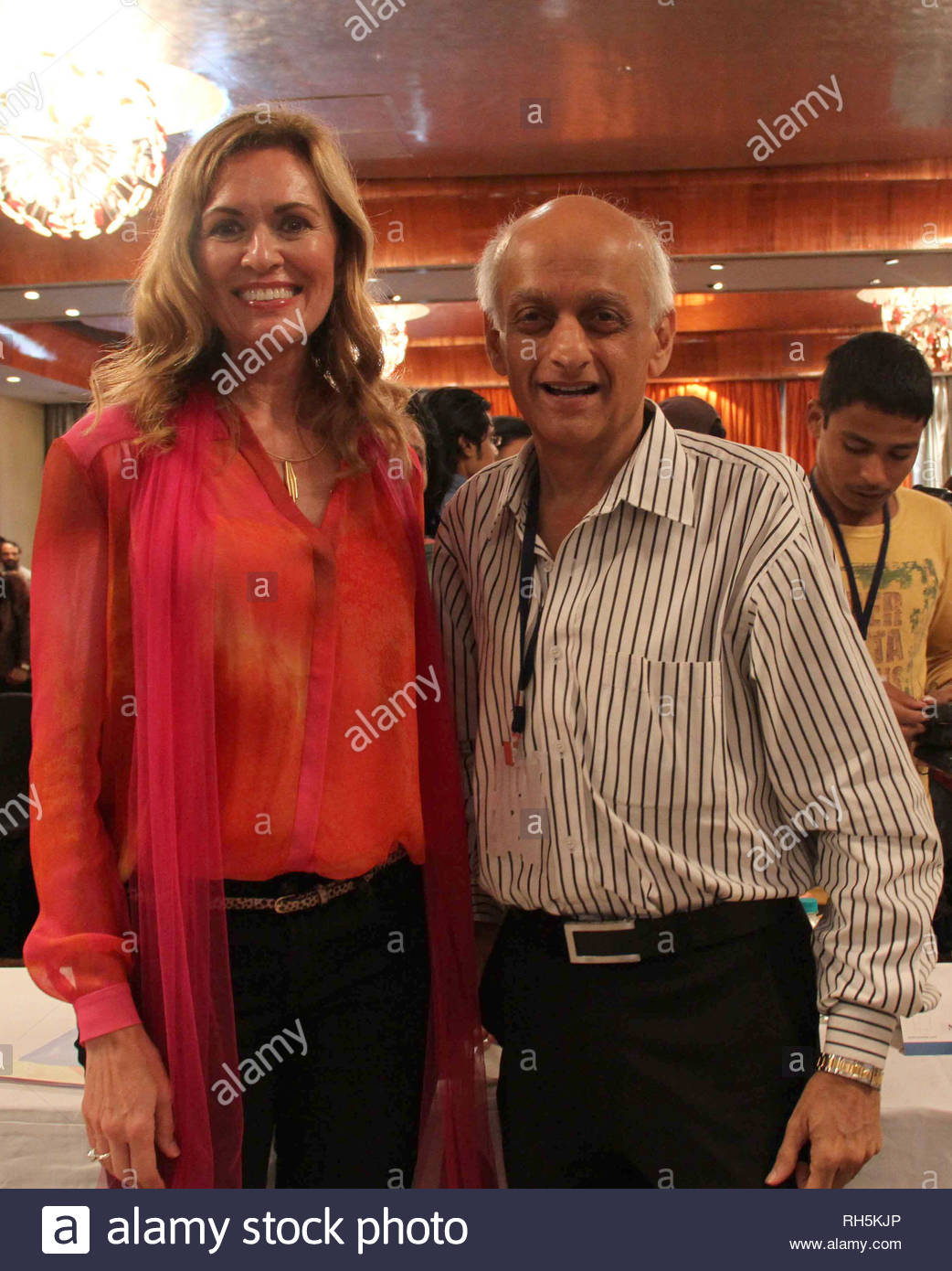 Sandra de Castro Buffington, Director, Health & Society (HH&S) with Mukesh Bhatt Bollywood filmmaker during a panel discussion on 'Building Bridges between creative communities & and priorities of our time' in Mumbai, India on July 18, 2013. (Amol Kamble) - Stock Image