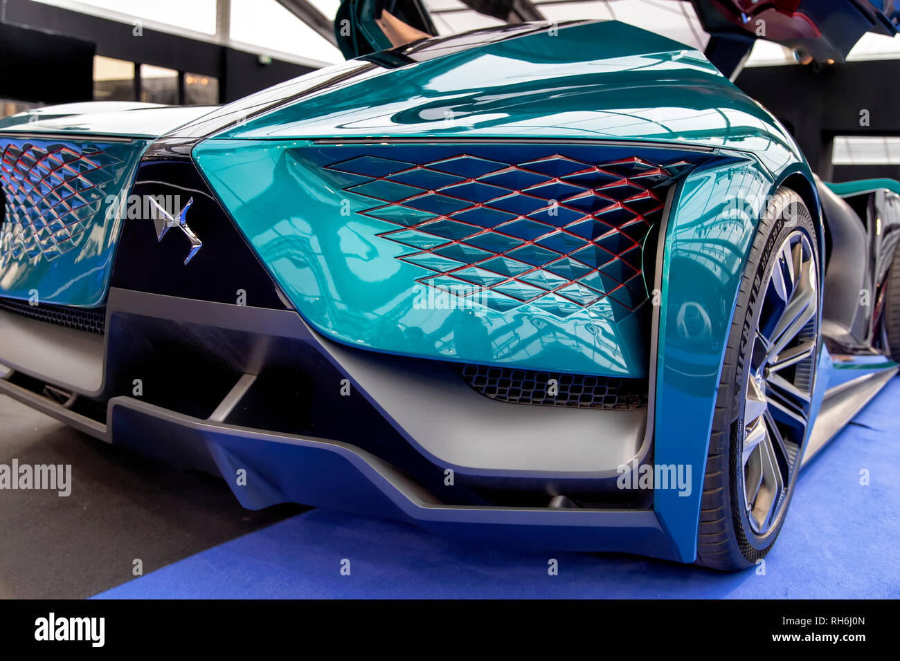 Paris, France. 31st Jan, 2019. DS X E-Tense - The International Automobile Festival brings together in Paris the most beautiful concept cars made by car manufacturers, from January 30th to February 31st, 2019. Credit: Bernard Menigault/Alamy Live News - Stock Image