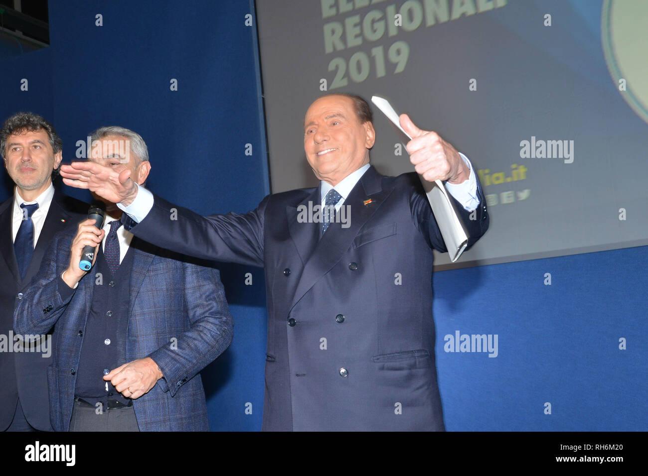 Foto Fabio Urbini /LaPresse 01 Febbraio 2019 Pescara (PE) Italia Politica  Pescara porto Turistico Nella foto: Berlusconi Silvio - Stock Image