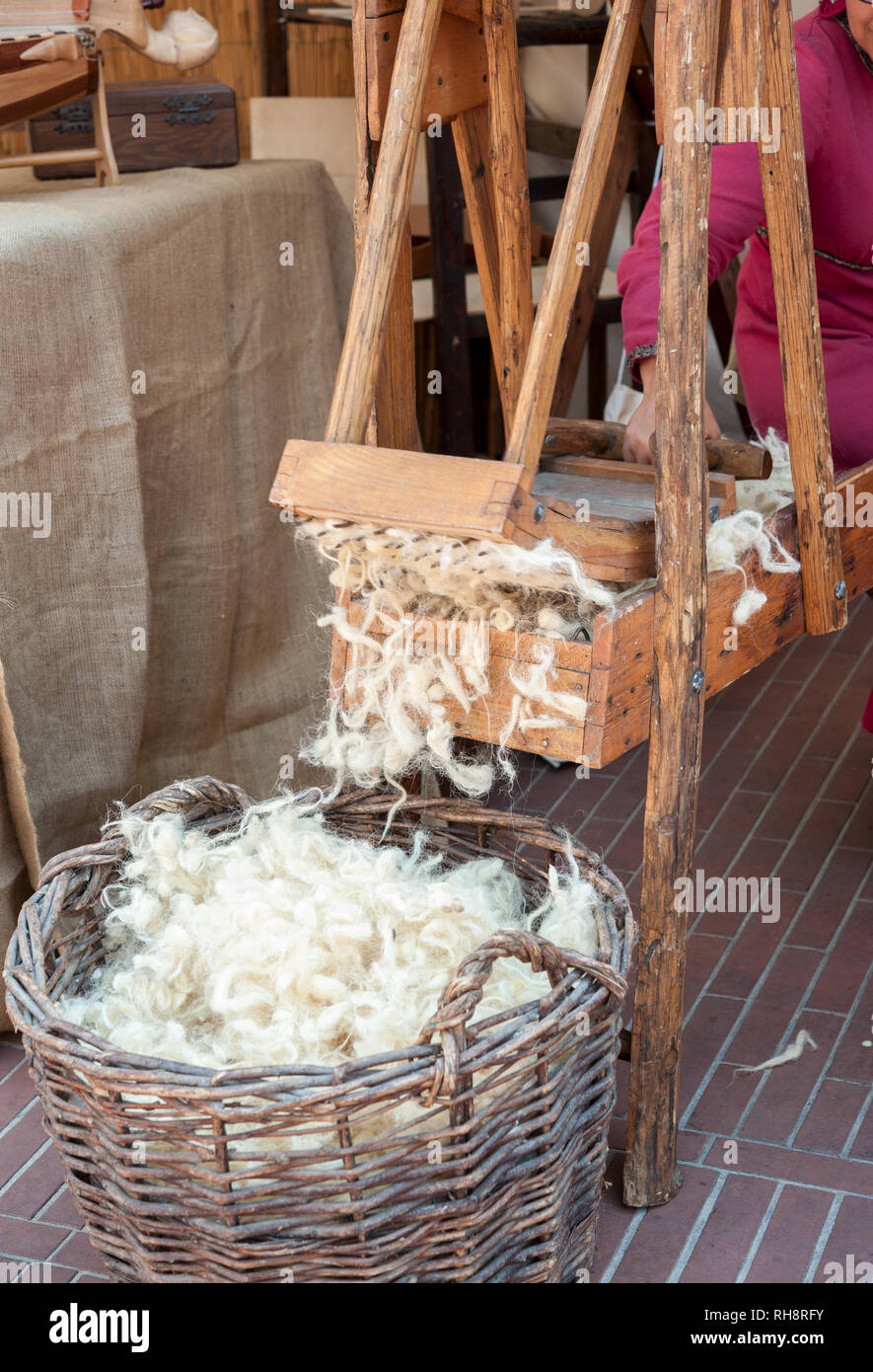 Carding Machine Wool Stock Photos & Carding Machine Wool Stock