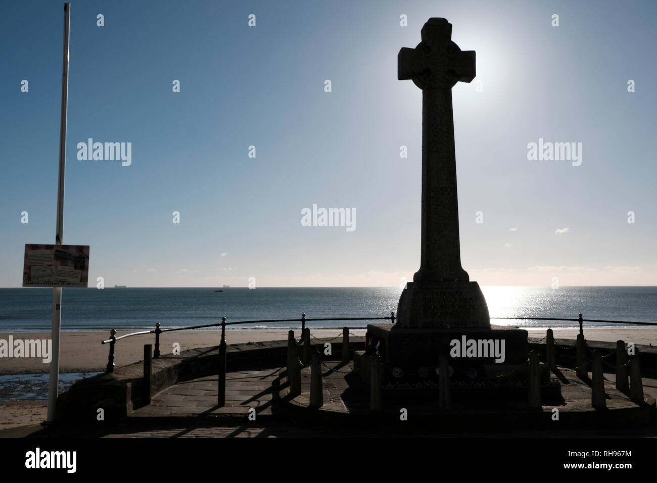 The War Memorial, Sandown Bay, Sandown, Isle of Wight, UK - Stock Image