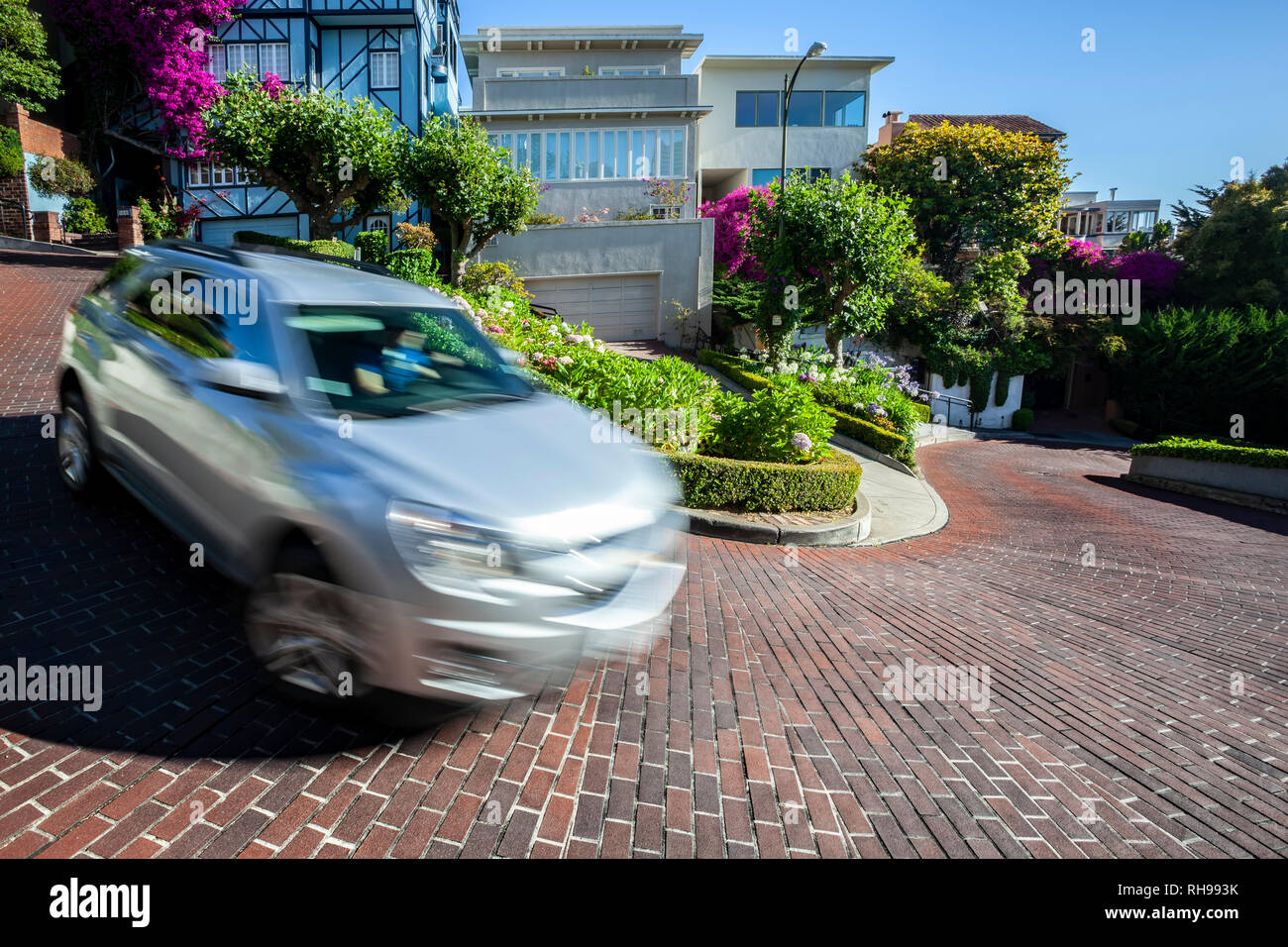 Car on Lombard Street ('Crookedest Street'), San Francisco, California USA - Stock Image