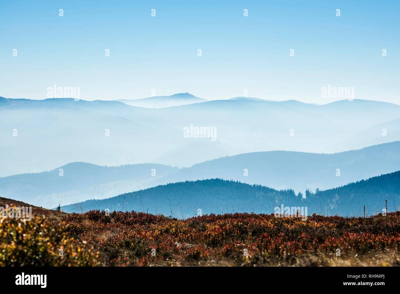 Staggered mountain ranges in the haze, am Hohneck, Col de la Schlucht, Vosges, Alsace-Lorraine, France - Stock Image