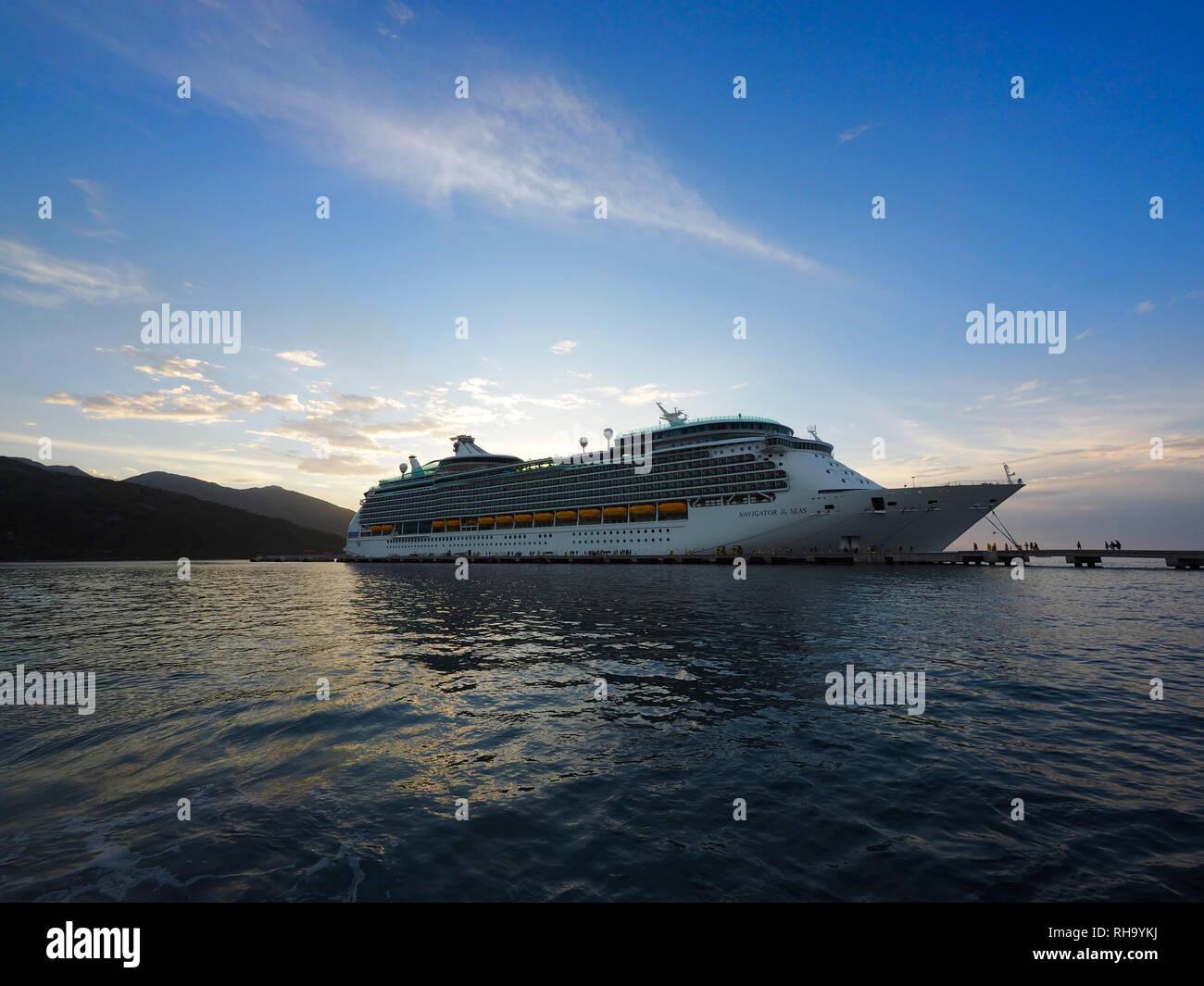 Royal Caribbeans cruise ship at Haiti, Caribbeans - Stock Image