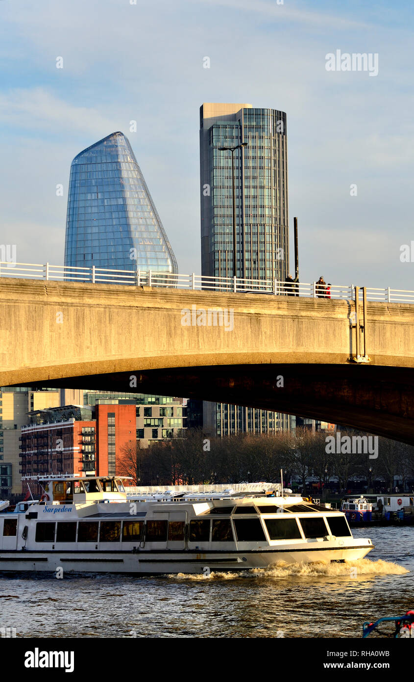 London, England, UK. Waterloo Bridge, with new buildings in the Southwark area - One Blackfriars (L - 2018) South Bank Tower (apartments,1972: formerl - Stock Image
