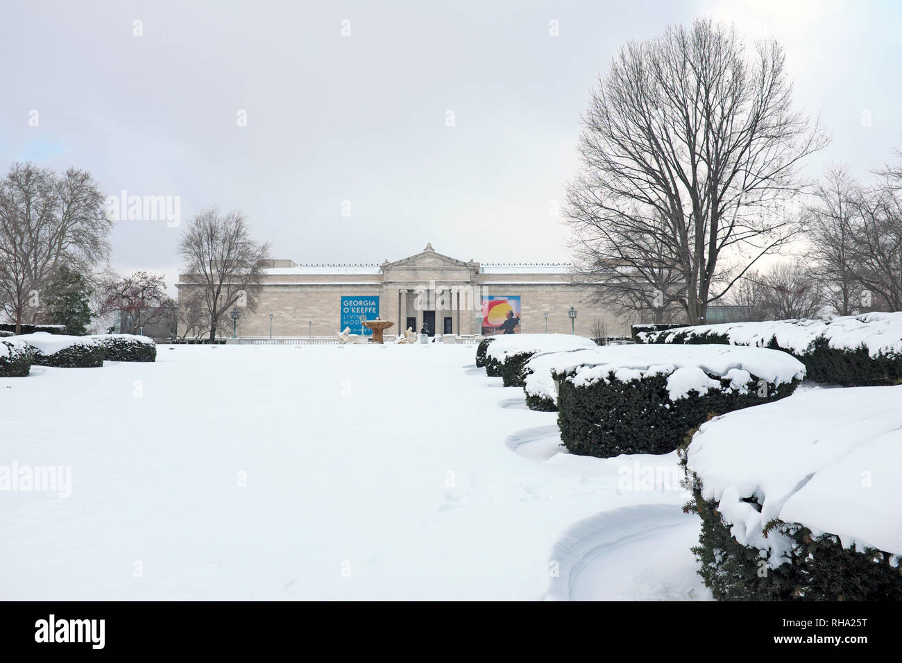 The Cleveland Museum of Art south entrance looks out upon a snowcoverd landscape in Cleveland, Ohio, USA. Stock Photo