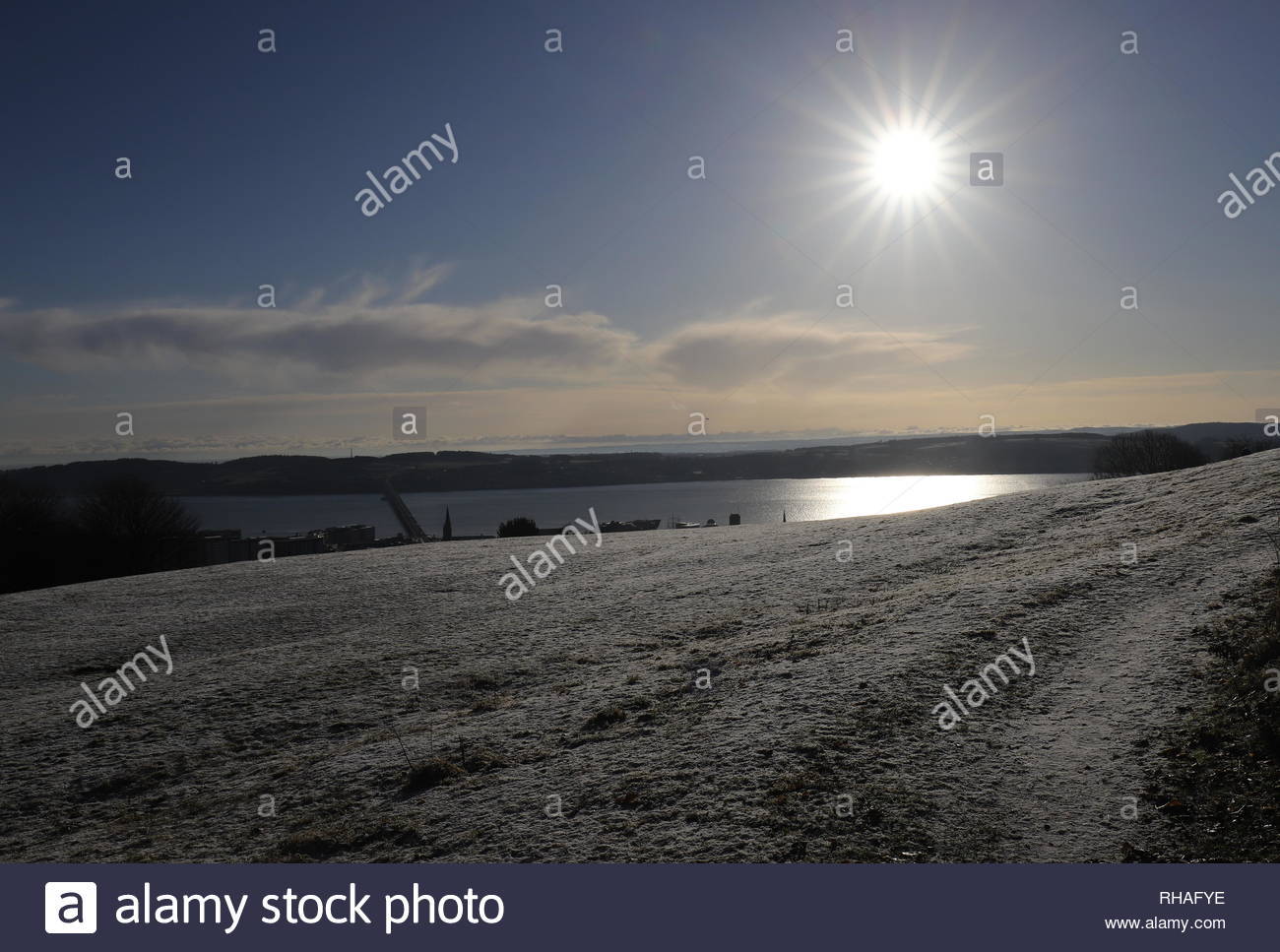 Slopes of Dundee Law with heavy frost Dundee Scotland  January 2019 - Stock Image