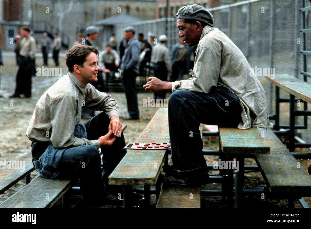 THE SHAWSHANK REDEMPTION, TIM ROBBINS , MORGAN FREEMAN, 1994 - Stock Image