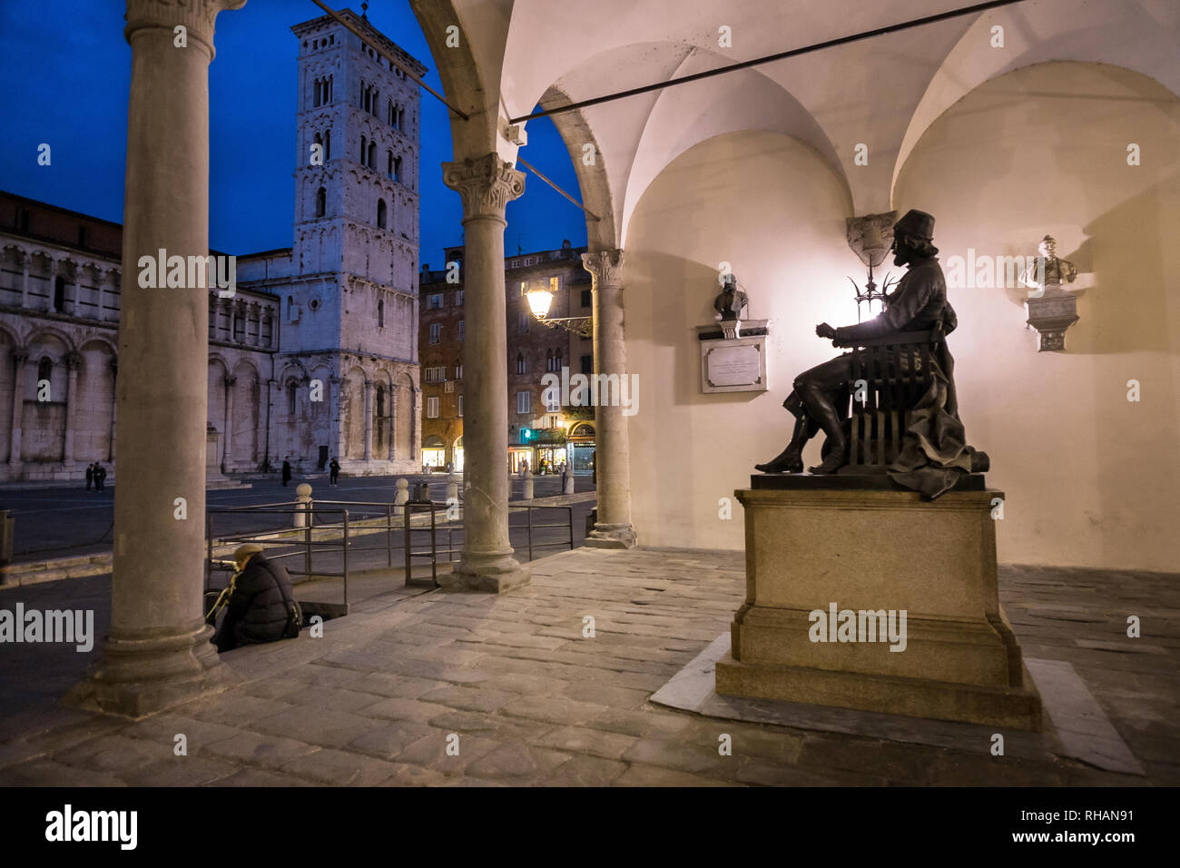 Statue of the Italian sculptor, painter and architect Matteo