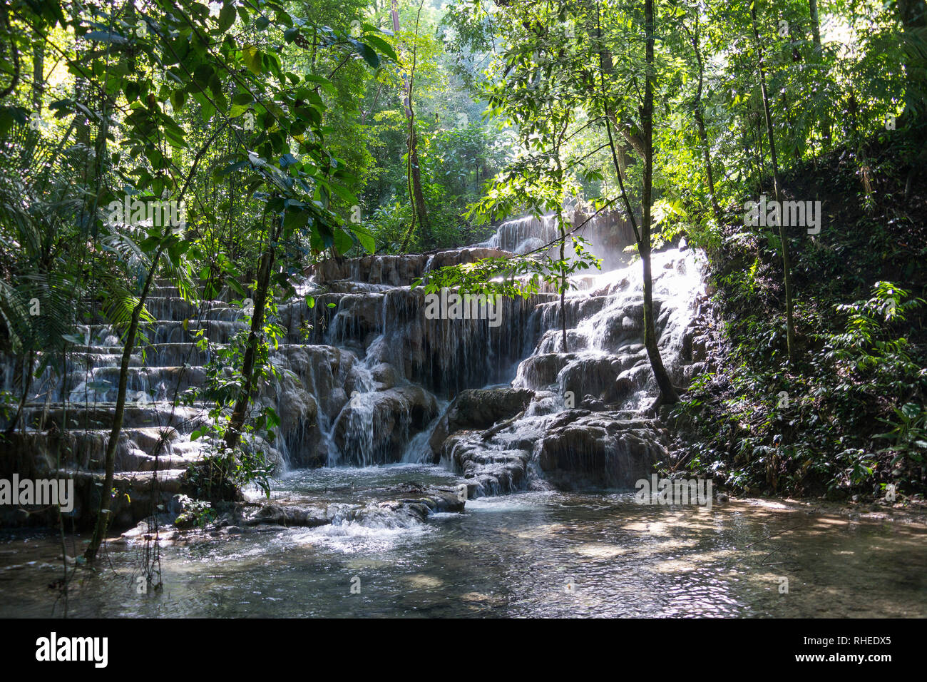 Waterfall on way to Palenque ruins, Chiapas, Mexico - Stock Image