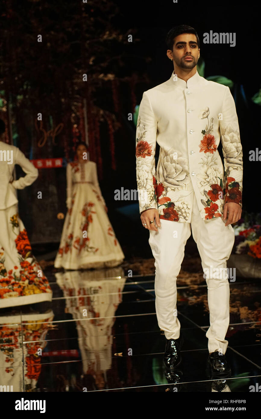Mumbai,india,30th 2019 : Model walk the ramp for designer
