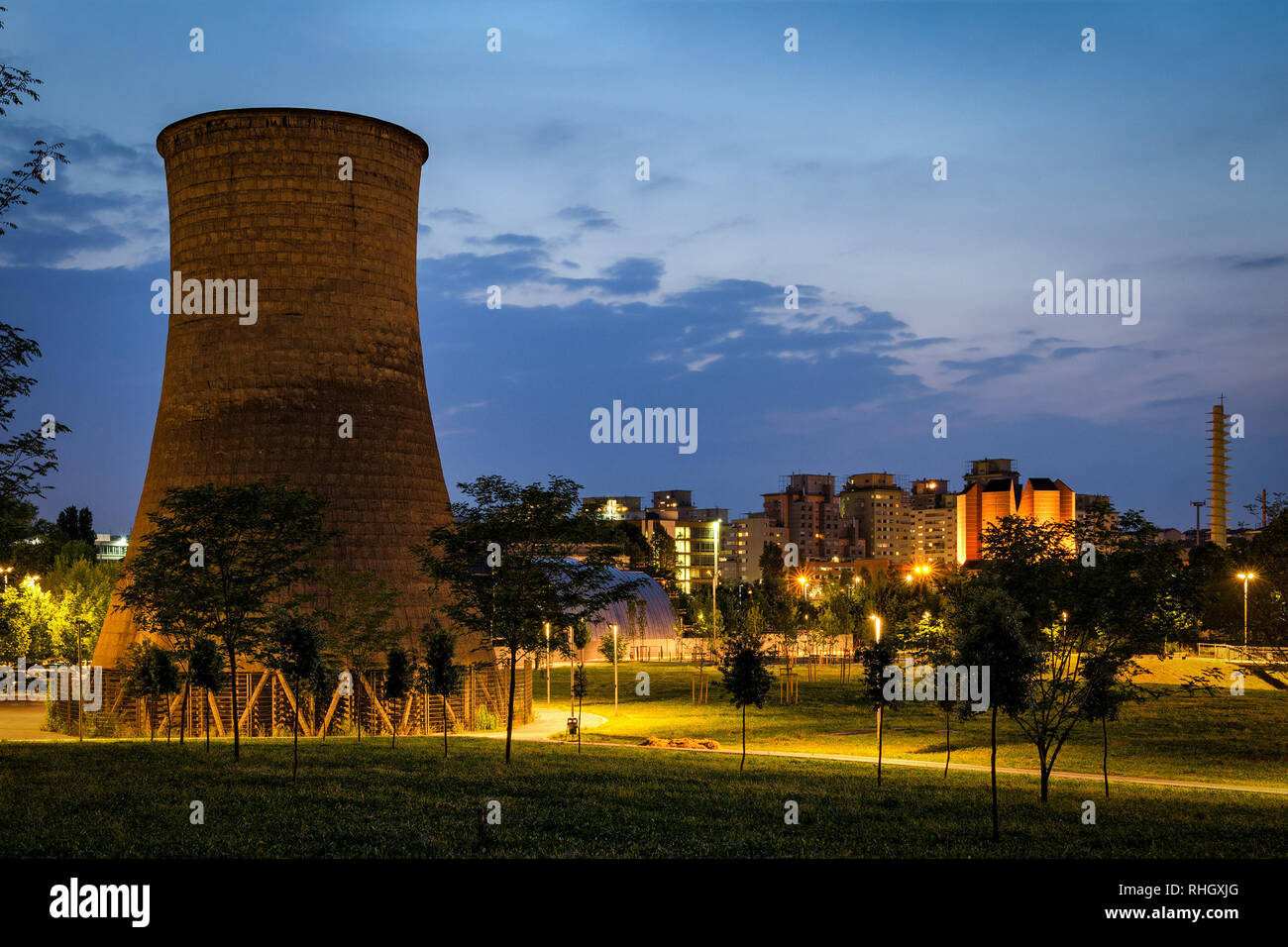Turin (Torino) Parco Dora with former Michelin plant cooling tower Stock Photo