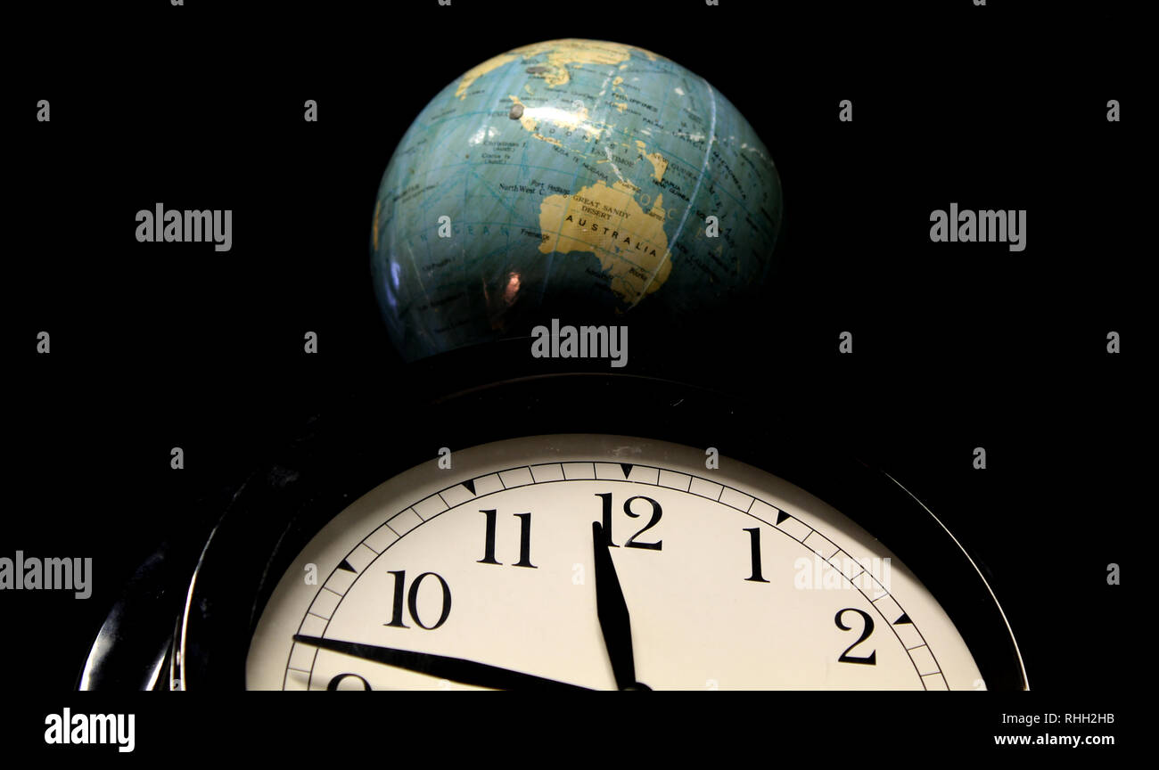 World Clocks Stock Photos Amp World Clocks Stock Images Alamy