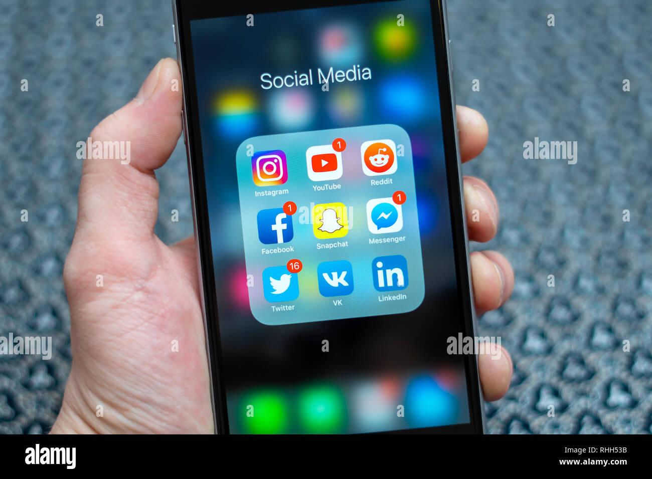 Social Media Icons Hand Stock Photos & Social Media Icons Hand Stock