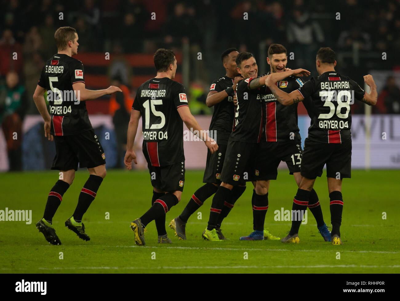 Leverkusen, Germany. 2nd Feb 2019.   Bundesliga, matchday 20, Bayer 04 Leverkusen vs FC Bayern Muenchen: Torjubel 3-1 um ucas Alario (B04)                  Credit: Juergen Schwarz/Alamy Live News - Stock Image