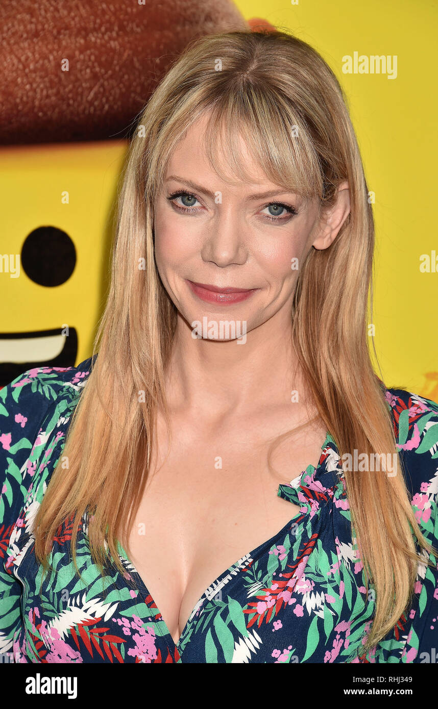 2019 Riki Lindhome nude (45 images), Cleavage