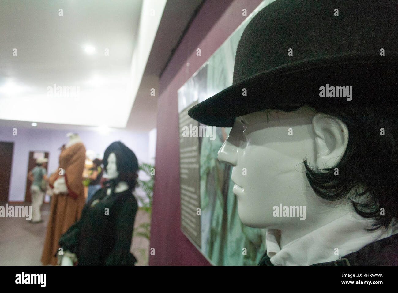 Caracas, Dtto Capital / Venezuela - 03/05/2013. Male mannequin with hat with 20th century detail Catia Theater in Catia neighborhood. - Stock Image