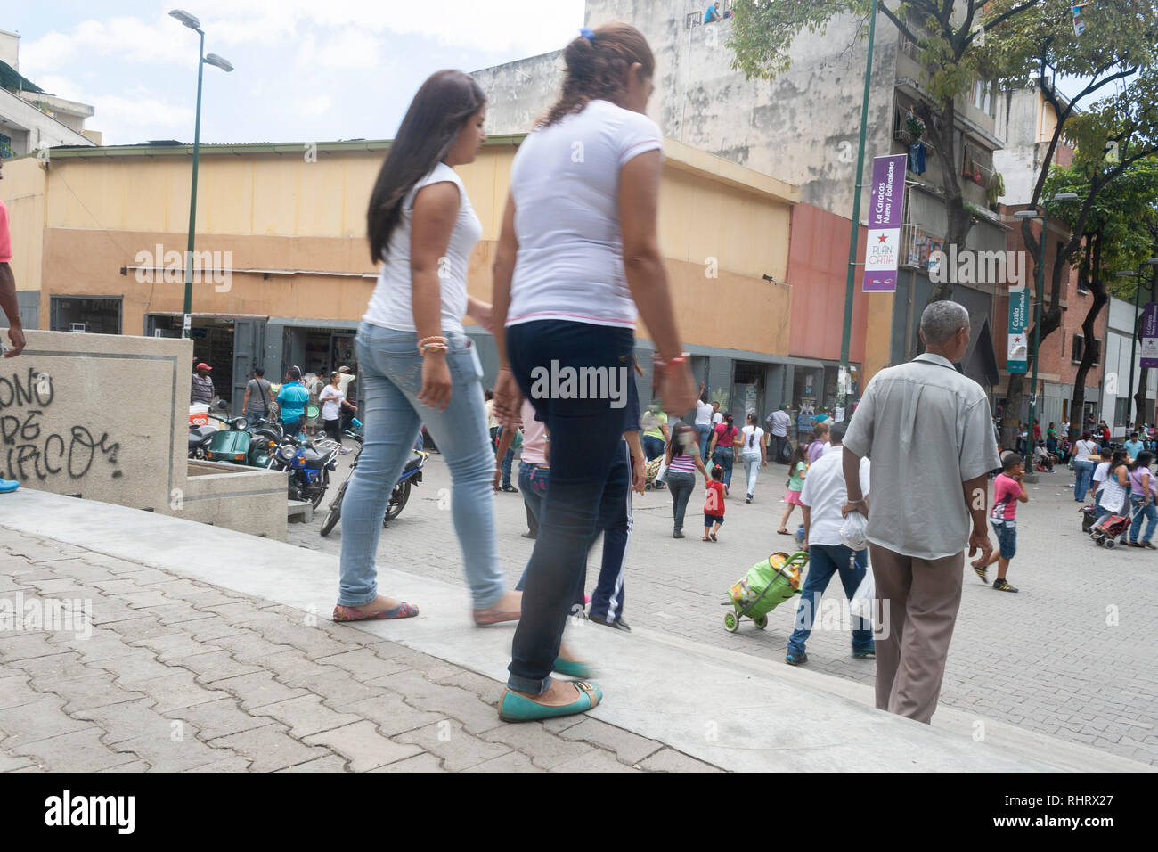 Caracas, Dtto Capital / Venezuela - 03/05/2013. People walking on the boulevard of Catia. - Stock Image
