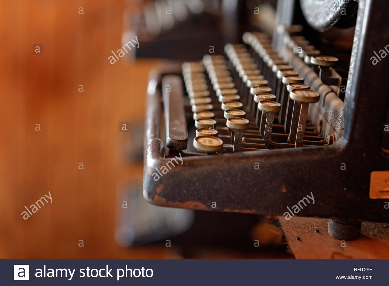 Close up of the well worn keys of a vintage typewriter - Stock Image