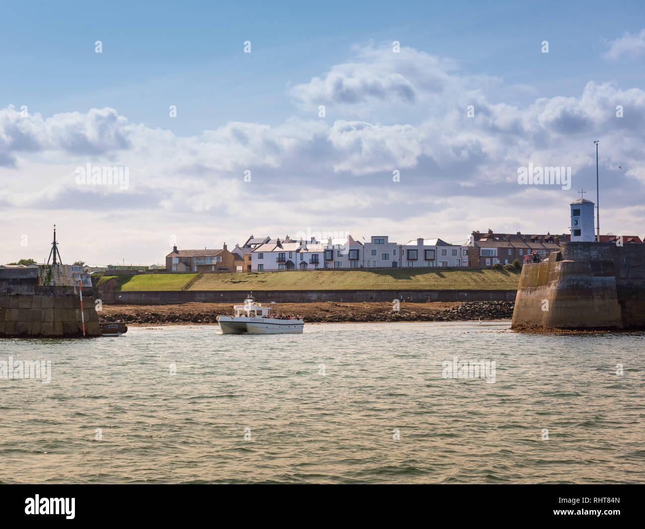 North Sunderland Harbour, Seahouses, Northumberland, UK - Stock Image
