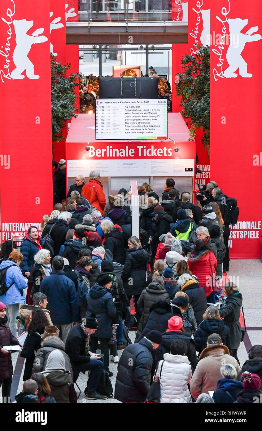 Berlin, Germany  04th Feb, 2019  People wait to buy tickets