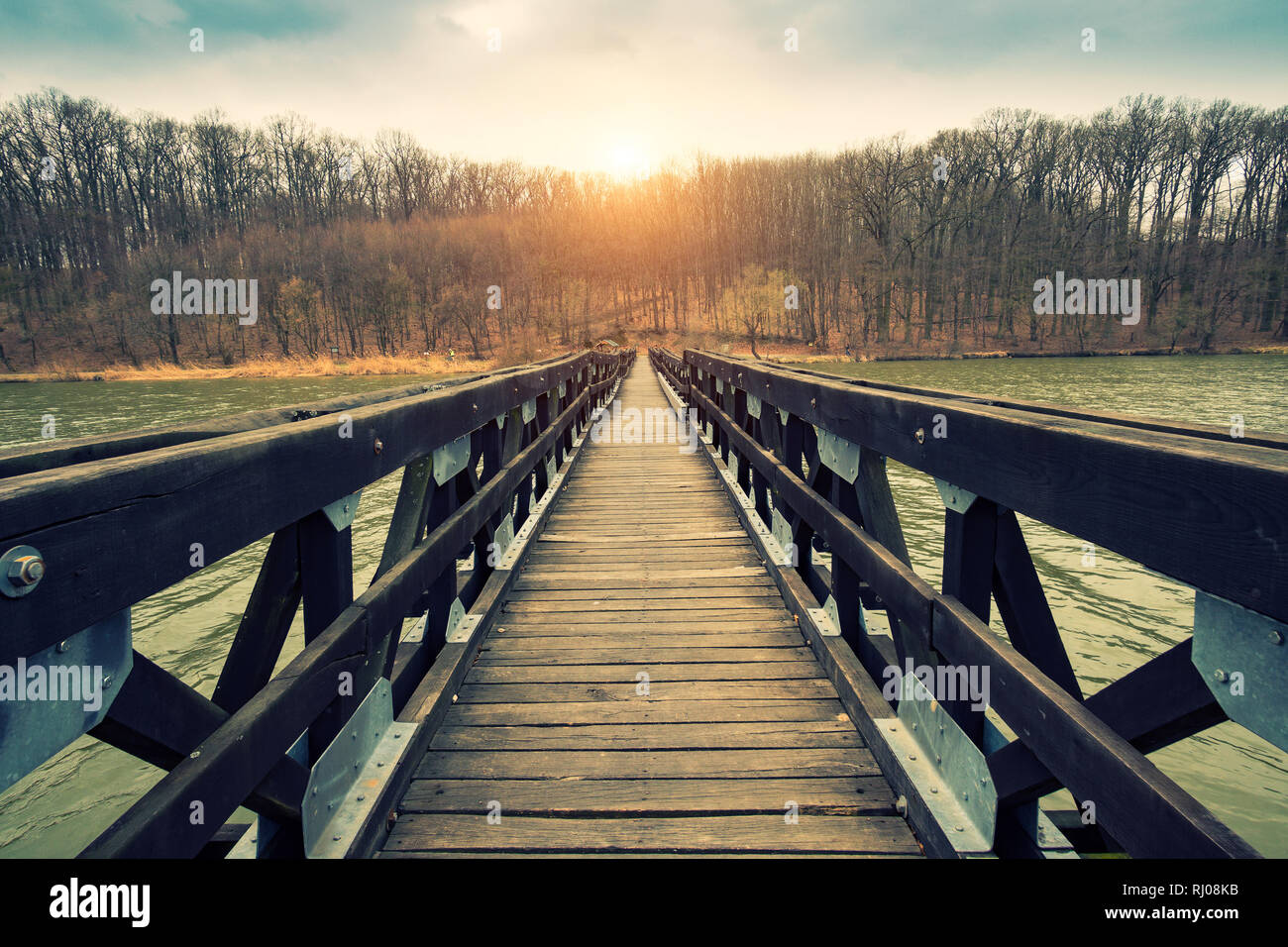 Footbridge vanishing point view - Stock Image